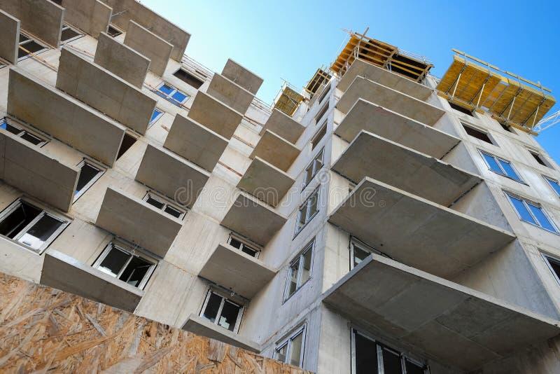 Vy över byggnation med hög uppgång arkivbild