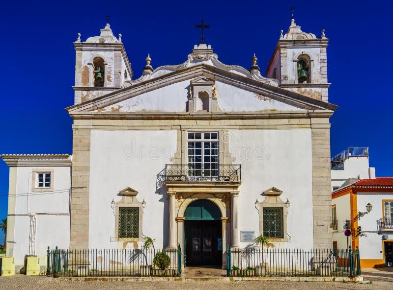 Vy om Santa Maria Church i Lagos, Portugal royaltyfria bilder