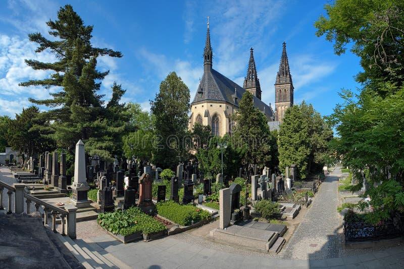 Vysehrad墓地在布拉格,捷克共和国 图库摄影