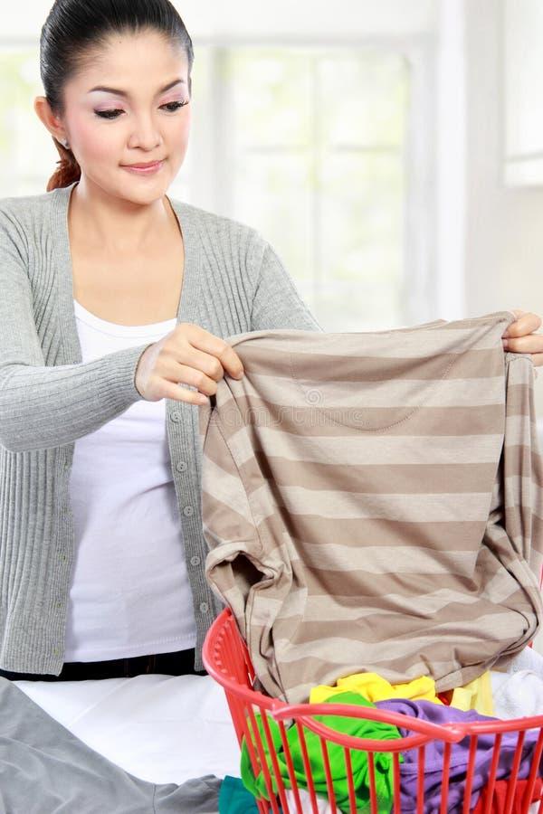 Wäscherei zu Hause lizenzfreie stockfotografie