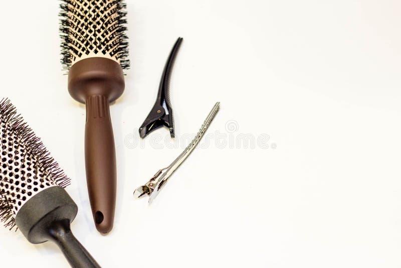 Włosianej opieki pojęcie Hairpins i round gręple obraz stock