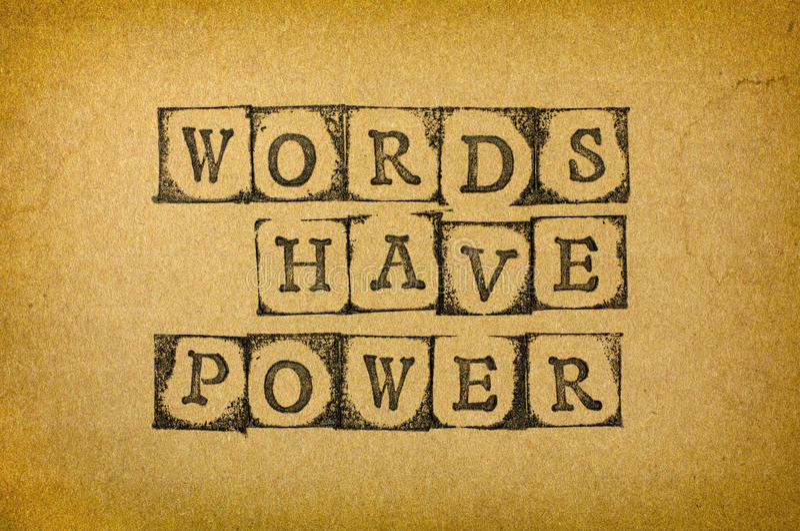 Wörter haben Energie stockfoto