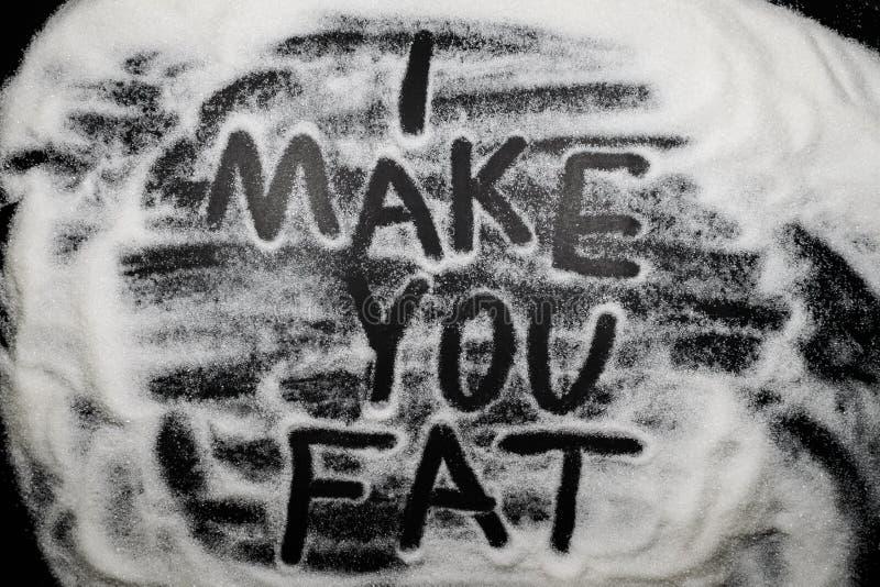 Wörter I machen Sie das Fett, das mit und mit Zuckerkörnern, Zucker I geschrieben wird stockbild