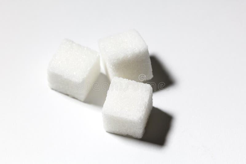 Würfel des raffinierten Zuckers stockbilder
