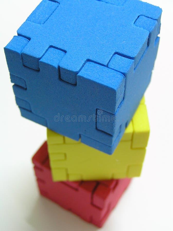 Würfel-Puzzlespiel lizenzfreie stockfotos
