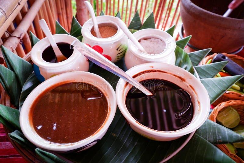 Würzendes thailändisches Lebensmittel stockfoto