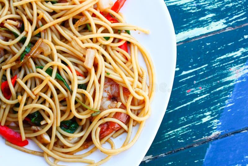 Würzige Meeresfrüchtespaghettis stockfoto