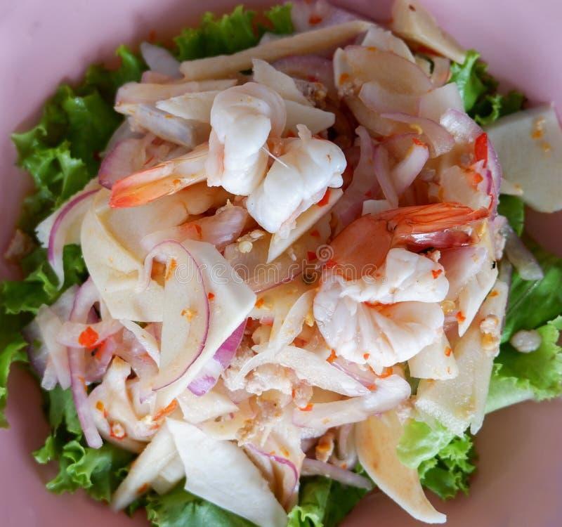 Würziger Garnele-Salat lizenzfreies stockfoto