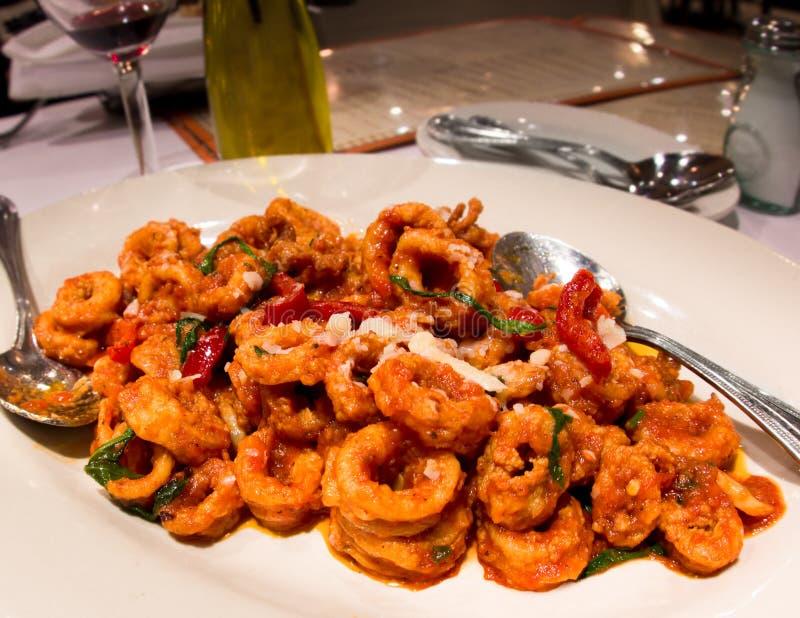 Würziger italienischer Calamari lizenzfreies stockfoto