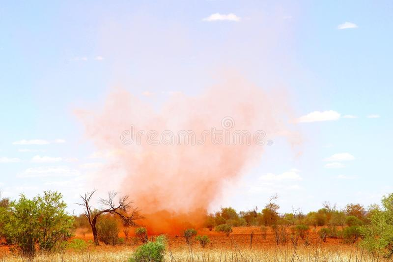 Wüstenwirbelwind stockfoto
