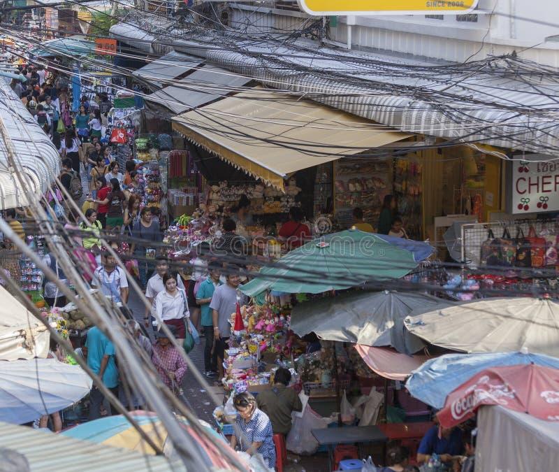 Wąska ulica w Chinatow w Bangkok zdjęcia royalty free