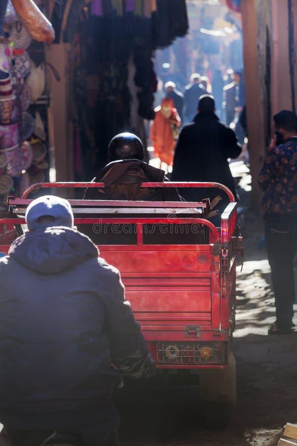 Wąskie ulicy w Medina Marrakech fotografia stock
