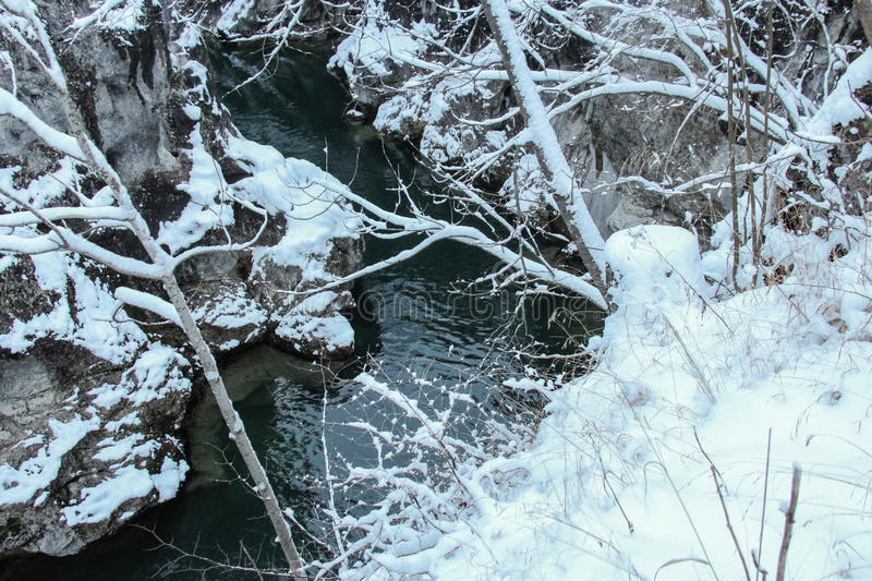 Wąwóz na Lech rzece w zima czasie Fussen Niemcy obrazy royalty free