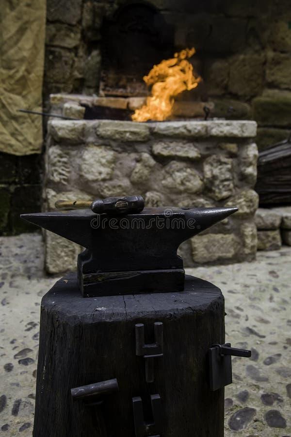 Węglowy ogień w kuźni zdjęcia royalty free
