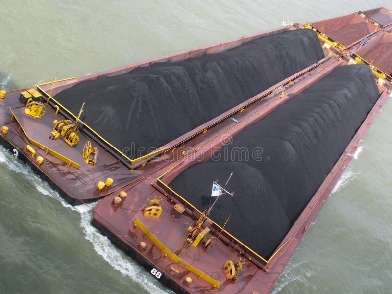 węglowy rzeczny holownik obrazy stock