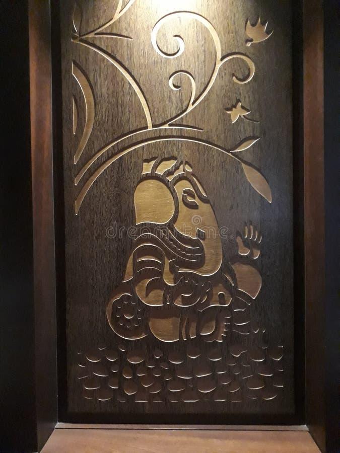 Władyka Ganesha budował w drewnie ładny drewno obrazy stock