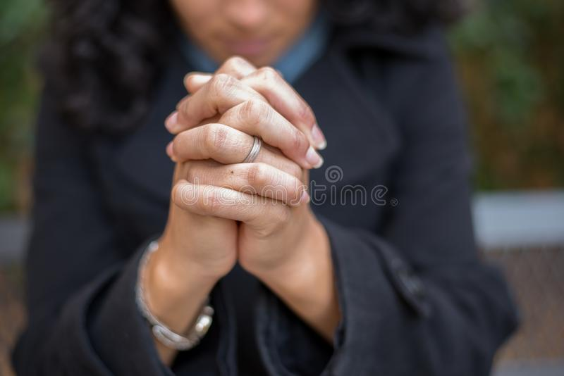 Władza modlitwa w Modlitewnym ogródzie zdjęcia royalty free