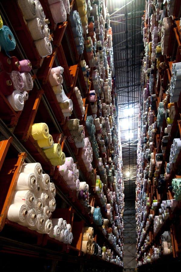 włocha automatyczny ubraniowy fabryczny magazyn fotografia royalty free