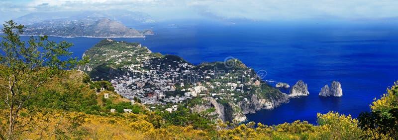 Włochy Capri piękna wyspa - zdjęcie royalty free