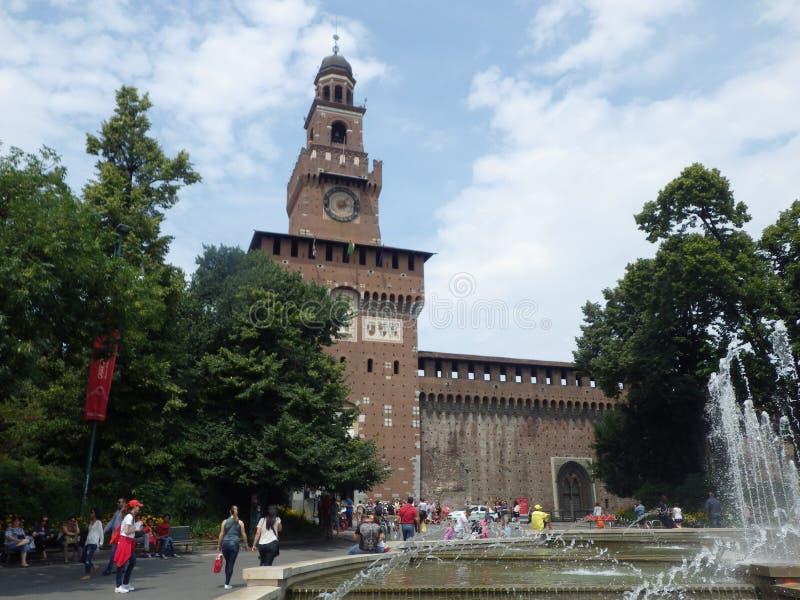 Włochy castello di Milano sforzesco Wierza obraz royalty free