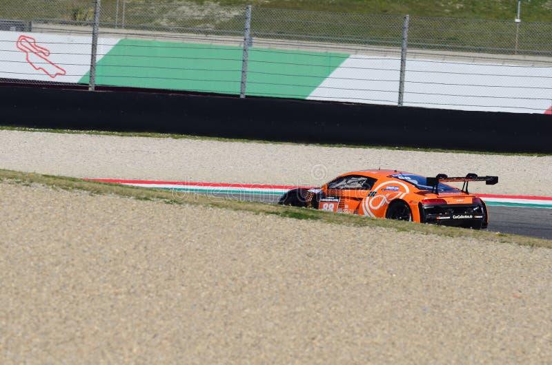 Włochy - 29 Marzec, 2019: Audi R8 LMS 2019 Samochodowa Inkasowa Motorsport Niemcy drużyna zdjęcia royalty free
