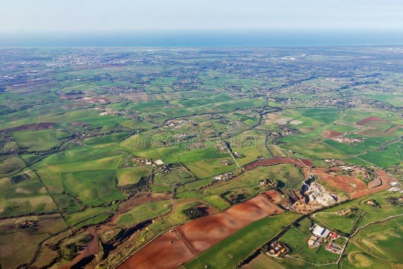 Włochy, przeglądać z góry od samolotowego okno zdjęcia stock