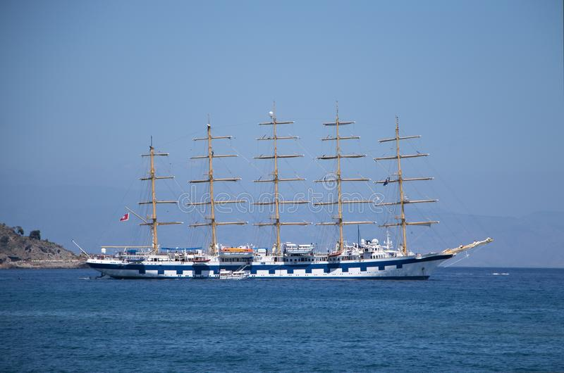 Włochy, Sicily Widok piękny statek zdjęcia royalty free