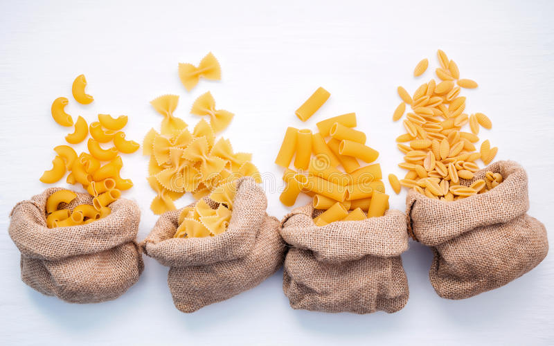 Włoscy foods pojęcia i menu projekt Różnorodny makaron El jakby fotografia royalty free