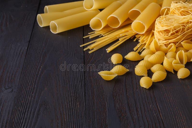 Włoscy foods pojęcia i menu projekt, spaghetti Różnorodny rodzaj o obraz royalty free