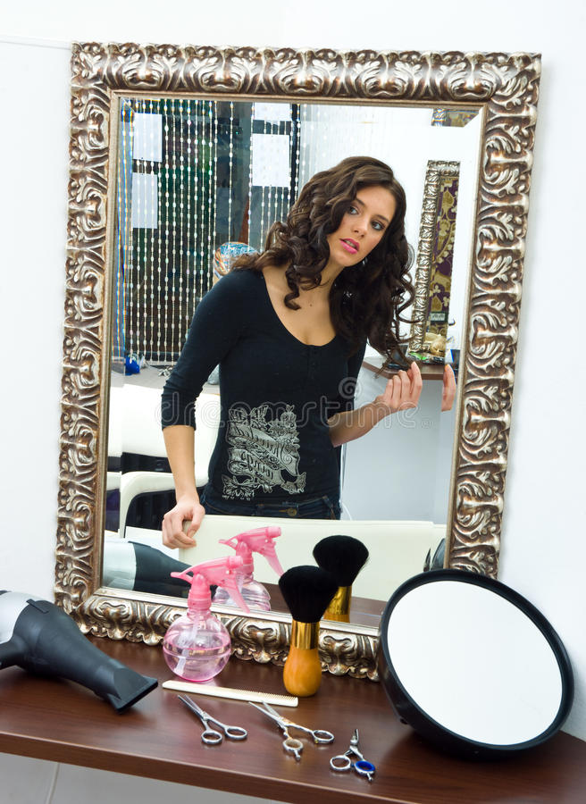 włosianego salonu kobieta zdjęcia stock