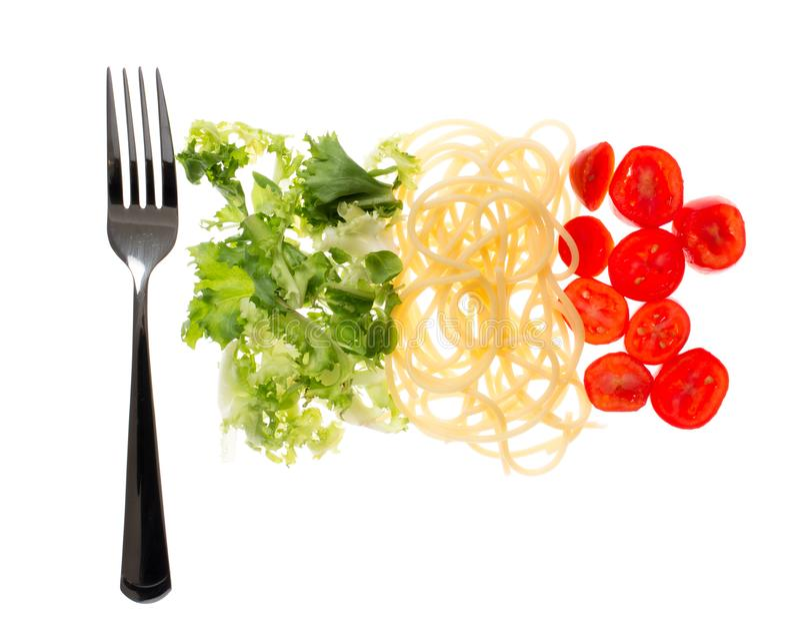Włoska restauracja, jedzenie z chorągwianymi kolorami Makaron, sałata i pomidor, Śródziemnomorski diety pojęcie fotografia royalty free