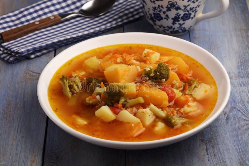 Włoski jarzynowej polewki minestrone zdjęcie stock
