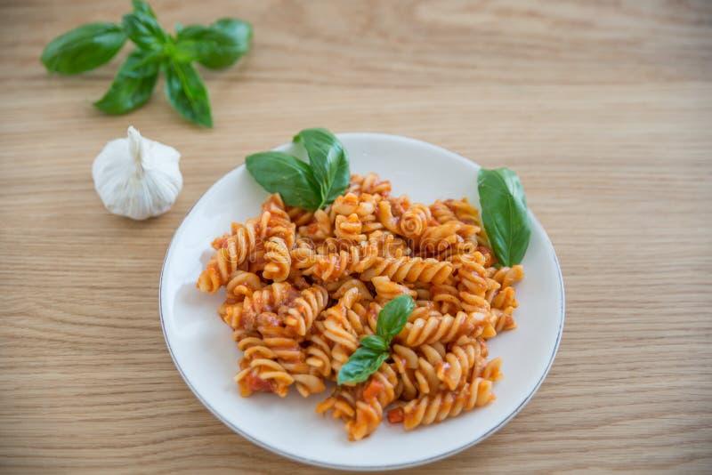 Włoski makaron Bolognese na talerzu fotografia stock