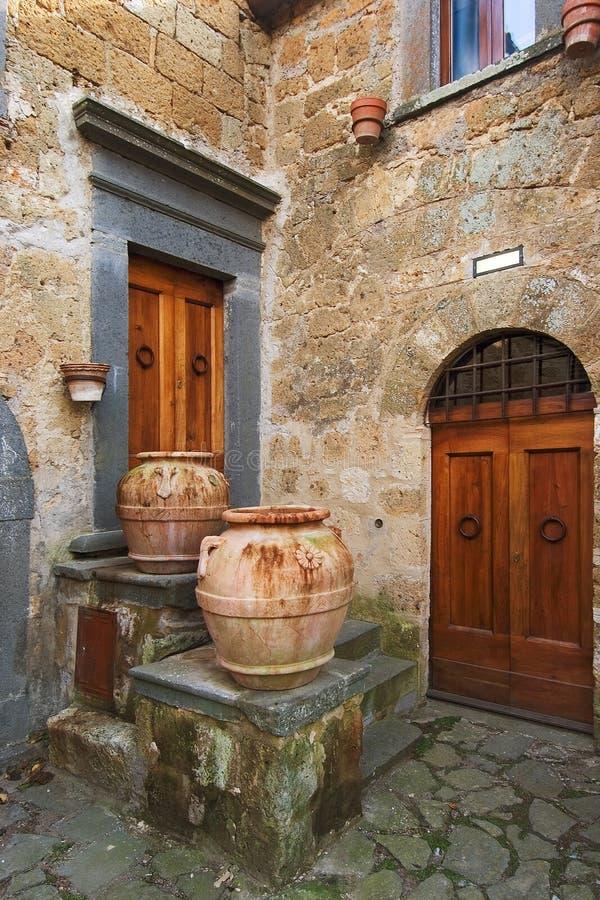 włoski na róg starego miasta. zdjęcie stock