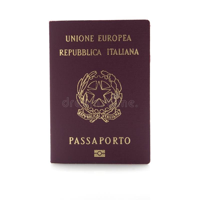 Włoski paszport odizolowywający na białym tle obraz royalty free
