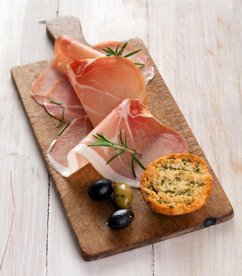 Włoski prosciutto lub Parma baleron zdjęcie stock