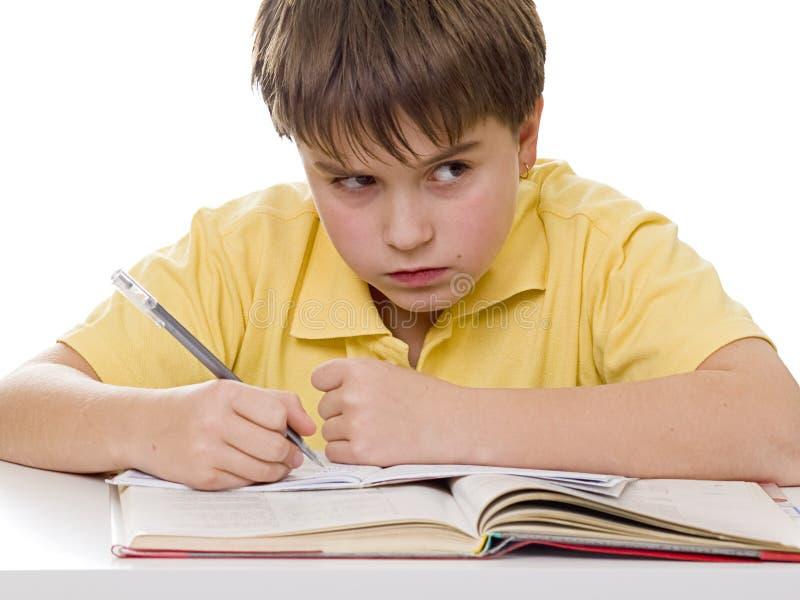 wściekłe chłopcy pracy domowej young zdjęcia royalty free