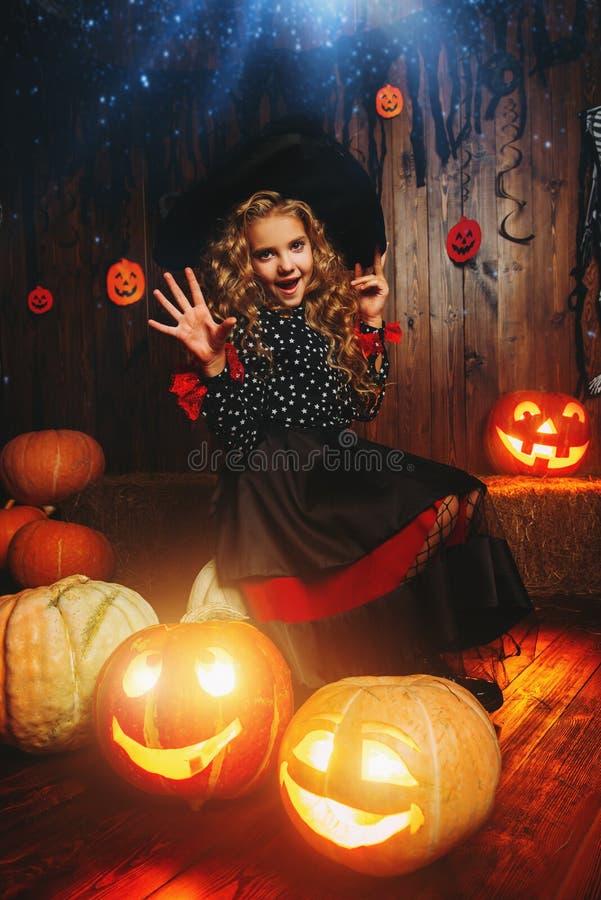 Wśród bani przy Halloween zdjęcia royalty free