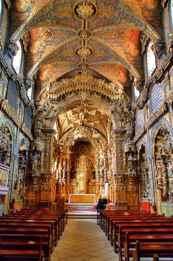 Wśrodku barokowego kościół Santa Clara zdjęcie stock