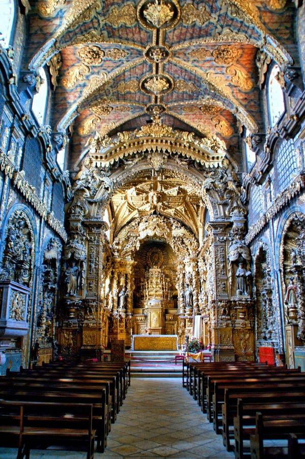 Wśrodku barokowego kościół Santa Clara obrazy stock