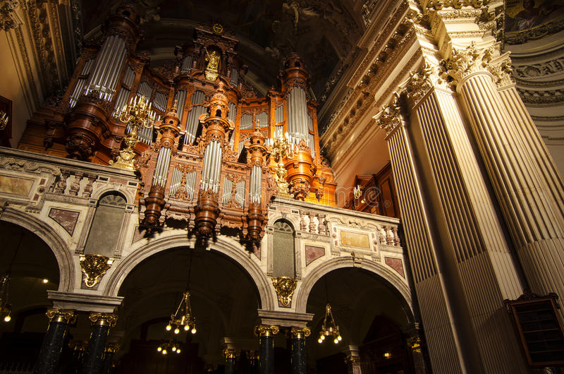Wśrodku Berlin katedry zdjęcia royalty free