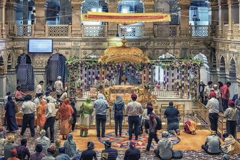 Wśrodku indyjskiej świątyni w Delhi obrazy royalty free