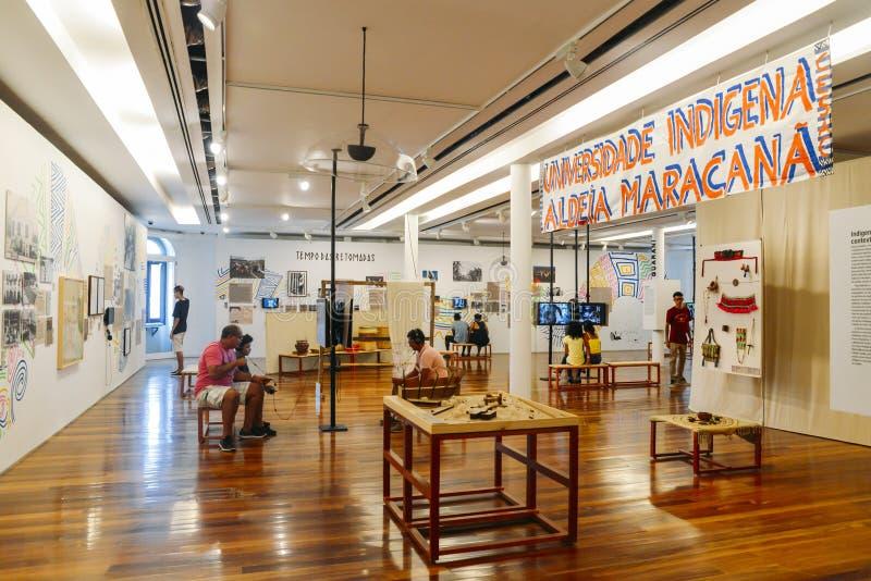 Wśrodku Rio muzeum sztuki w w centrum Rio De Janeiro Wystawa na historii lokalna i krajowa rodzima miejscowa populacja obrazy royalty free