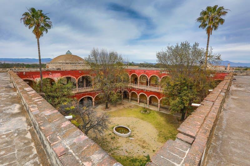 Wśrodku sądu widzieć od dachu jaral De Berrio Mexico obrazy stock