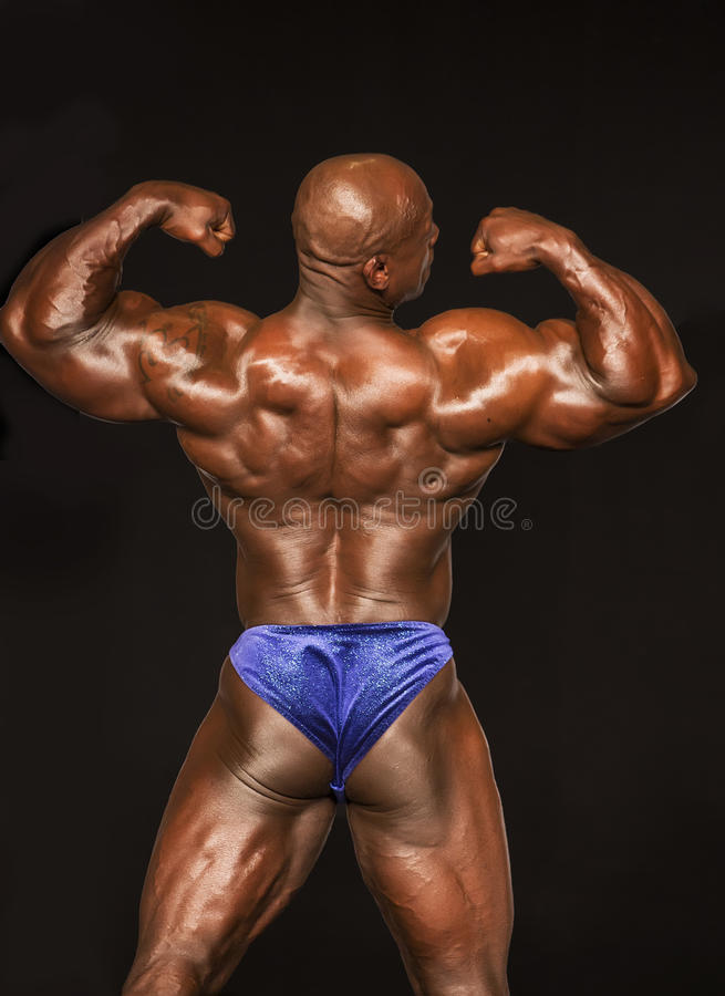 w średnim wieku Bodybuilder w Szczytowym warunku fotografia royalty free