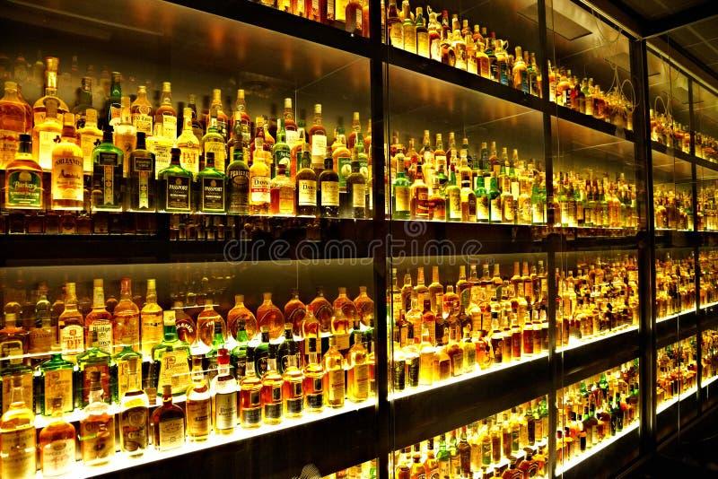 W świacie Whisky wielka Szkocka kolekcja zdjęcia royalty free