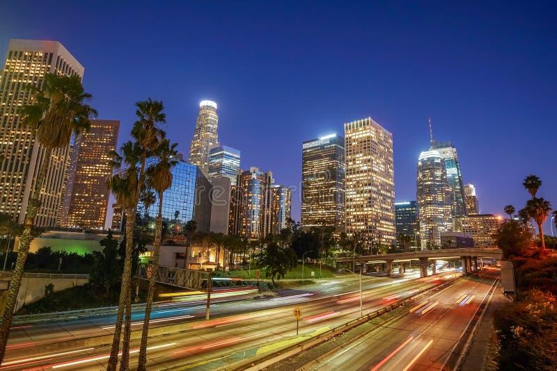 W centrum Los Angeles linia horyzontu podczas godziny szczytu zdjęcie royalty free