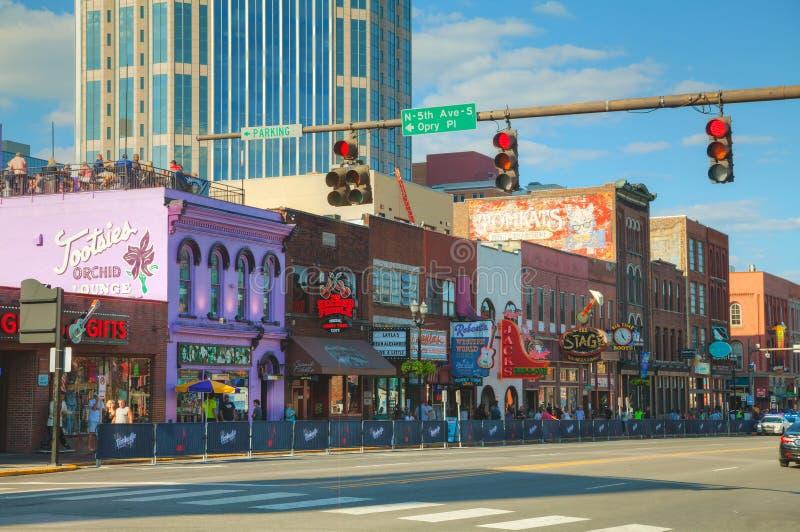 W centrum Nashville z ludźmi obrazy stock