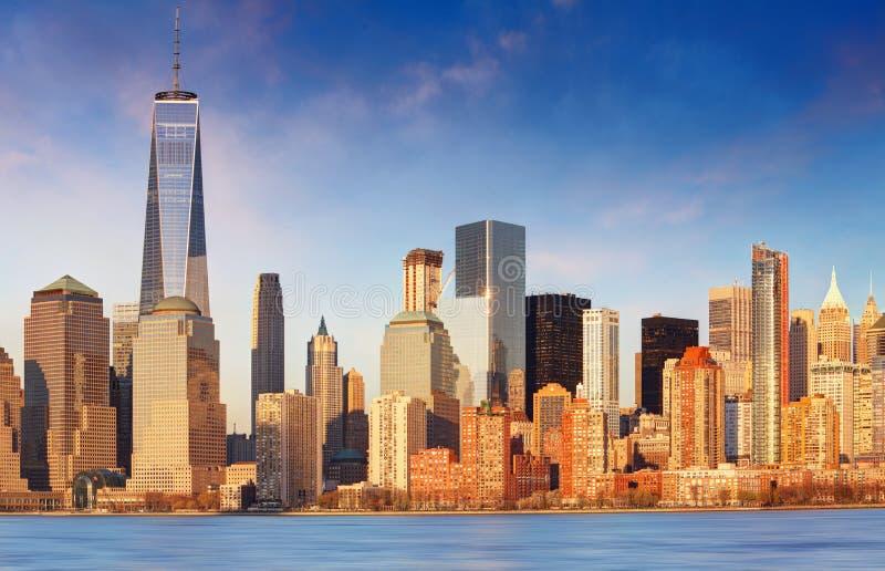 W centrum Nowy Jork linii horyzontu panorama od swoboda stanu parka, usa fotografia royalty free