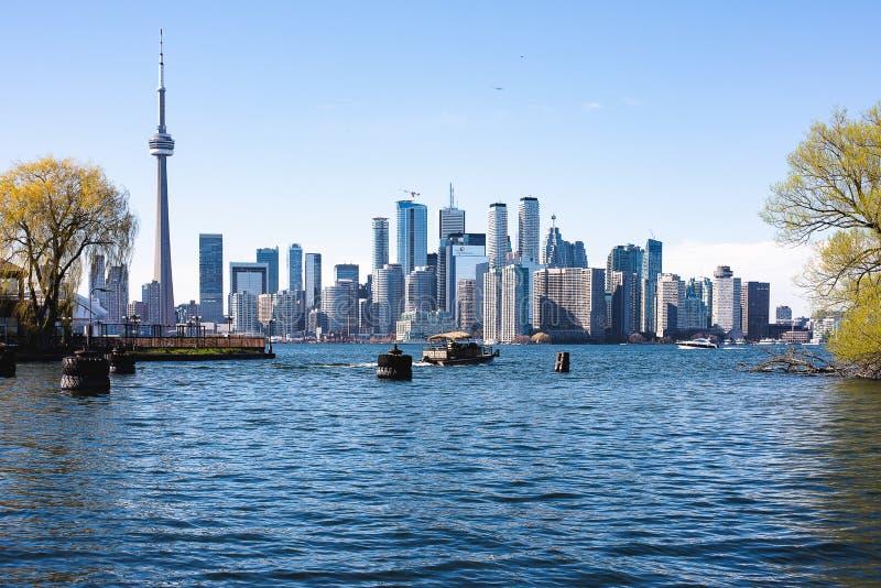 W centrum Toronto widok od woda przodu fotografia stock